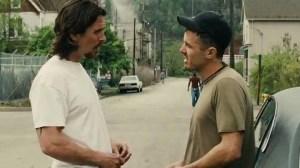 Os personagens de Bale e Affleck na luta para viver bem