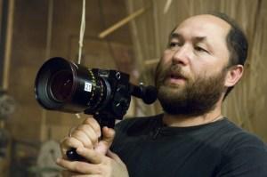 Timur Bekmambetov será o diretor. Boa sorte!