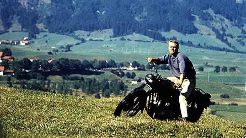 Você pode dizer muita coisa de Steve McQueen, mas não que ele não tinha estilo!