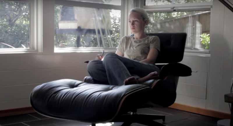 Dust - Um curta que rala muito filme de ficção científica