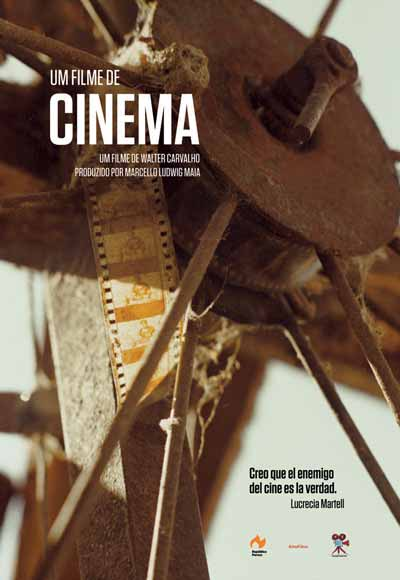 Crítica de Um Filme de Cinema, de Walter Carvalho.