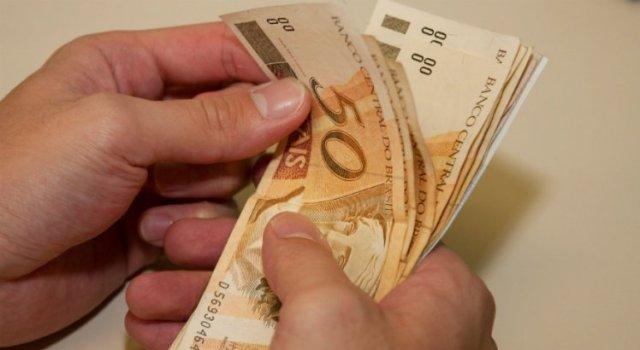 Resultado de imagem para Governo de Pernambuco divulga tabela de pagamento do servidor