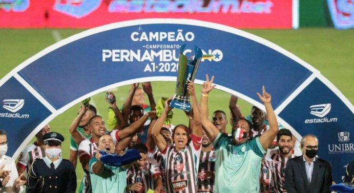 Salgueiro faz história como primeiro time do interior a conquistar o Campeonato Pernambucano | NE10 Interior