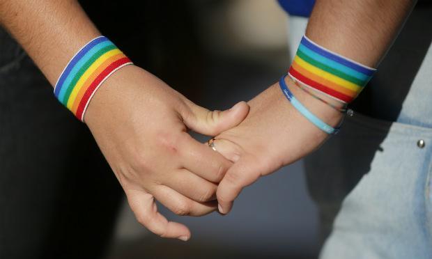 21% se declaram indiferentes e 30% já assumem simpatia quanto ao casamento de pessoas do mesmo sexo / Foto: Fotos Publicas