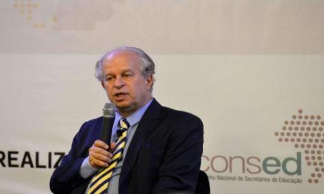 Renato Janine participa de debate sobre o primeiro ano do Plano Nacional de Educação / Foto: Agência Brasil