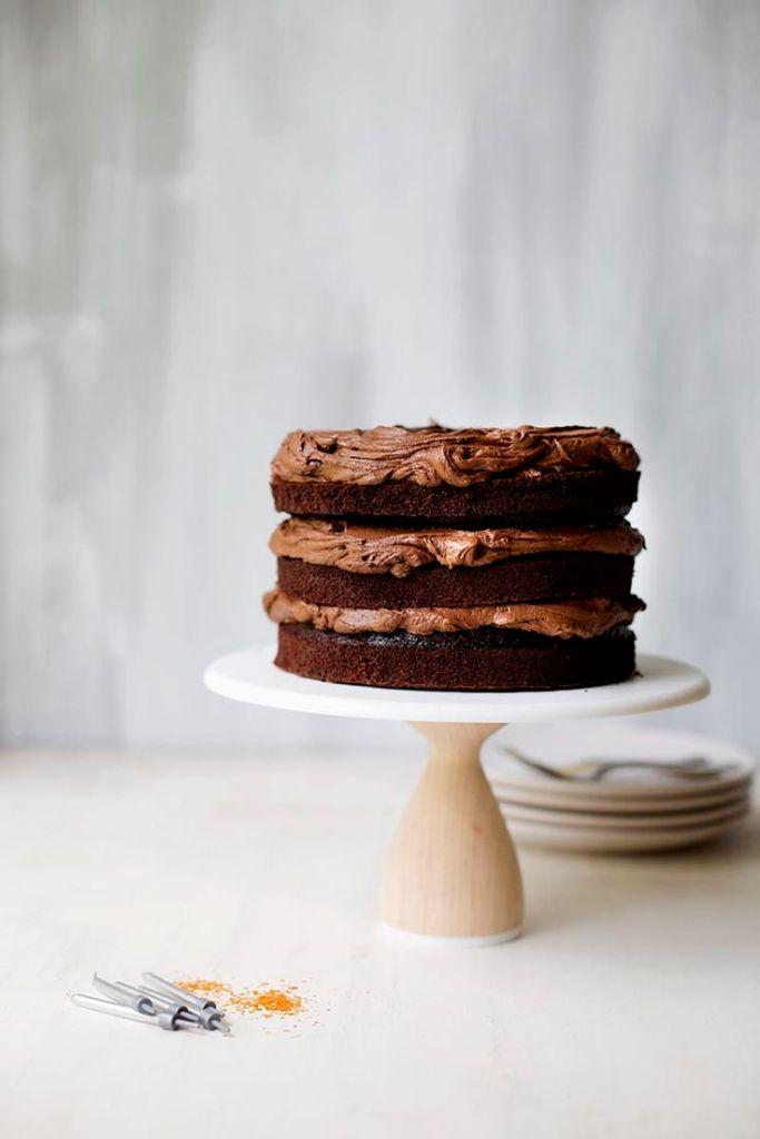 O Bolo De Camada Fudge De Chocolate Perfeito // The Sugar Hit