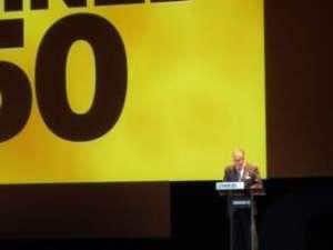 El alcalde de Bilbao, Iñaki Azkuna, inaugura la 50 edición de ZINEBI. Foto: Javier Bustamante