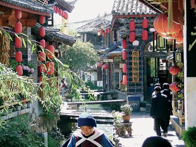 Groepsreis China 'on a Shoestring' ; Alles wat beweegt kun je eten met stokjes