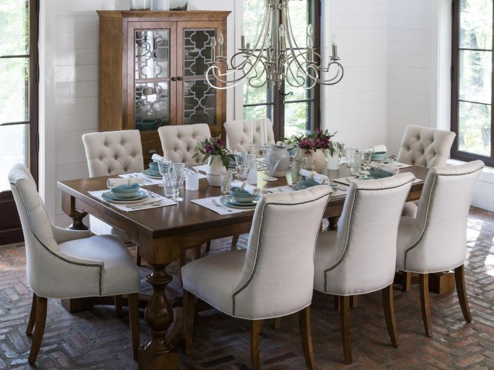 Havertys Rustic Dining Room Table