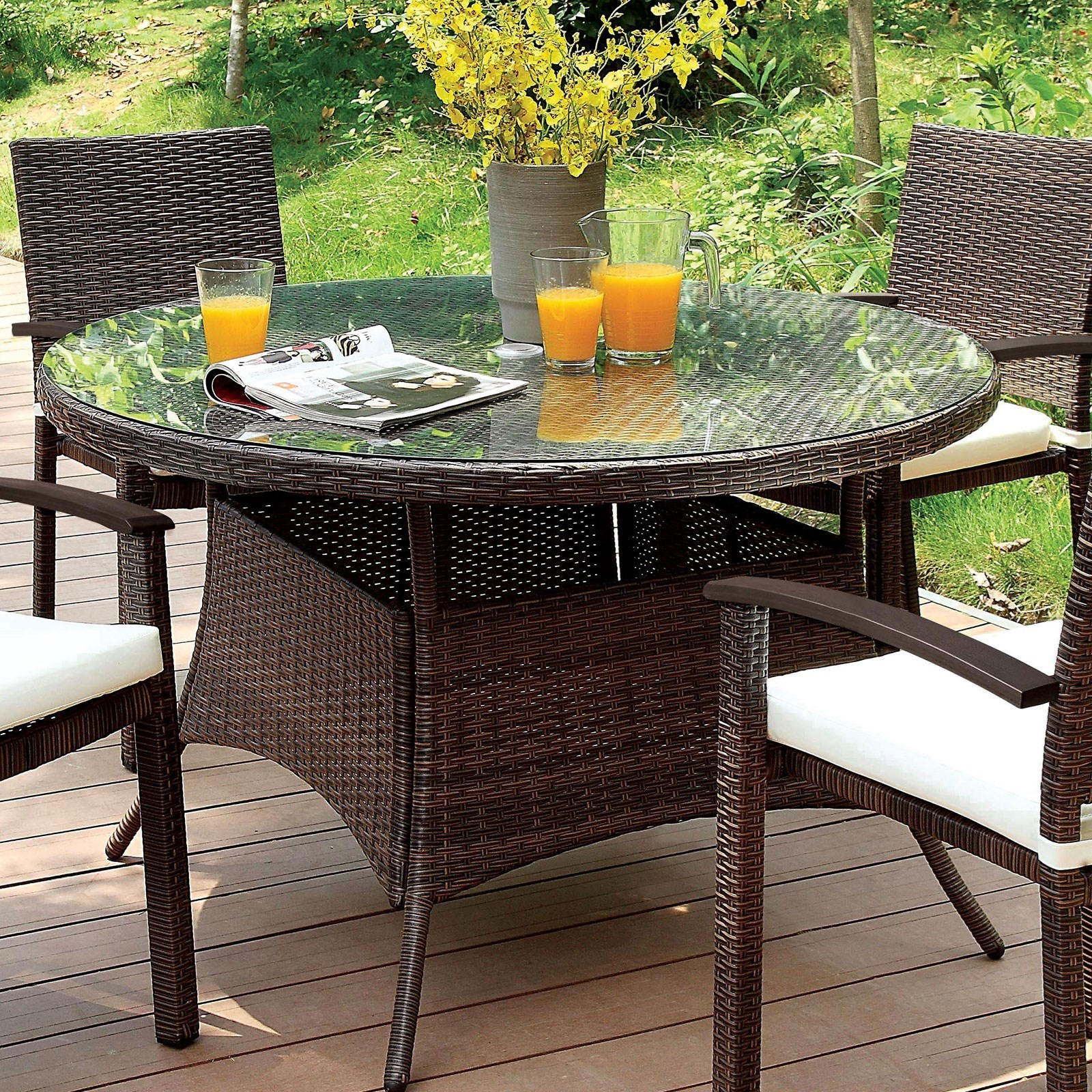 outdoor patio round dining table
