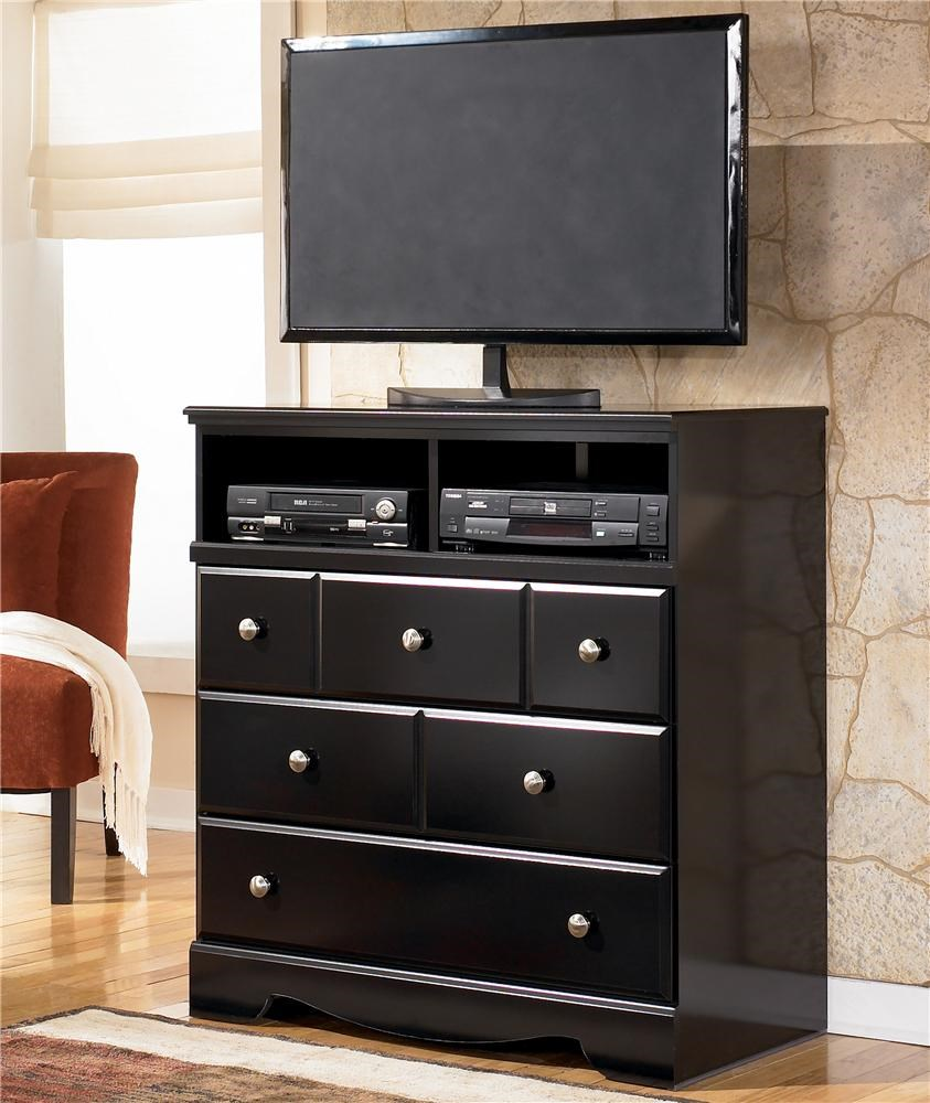 Signature Design By Ashley Shay Contemporary 3 Drawer