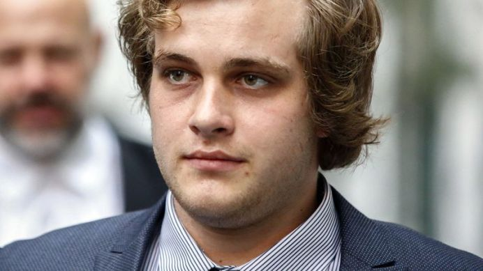 Henri Van Breda allegedly 'smoked three cigarettes while waiting for sister to die.' (AAP)