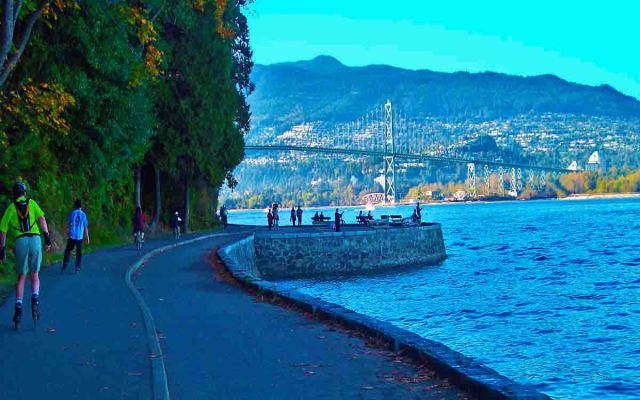 Stanley Park Seawall is 03 place in your list of top vancouver photography spots