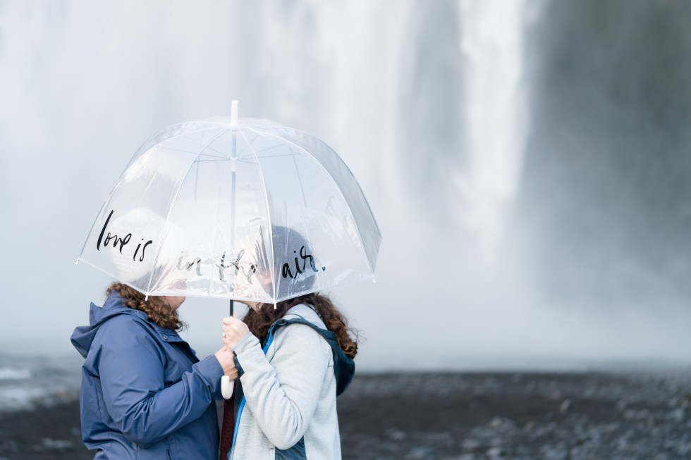 Skógafoss engagement session