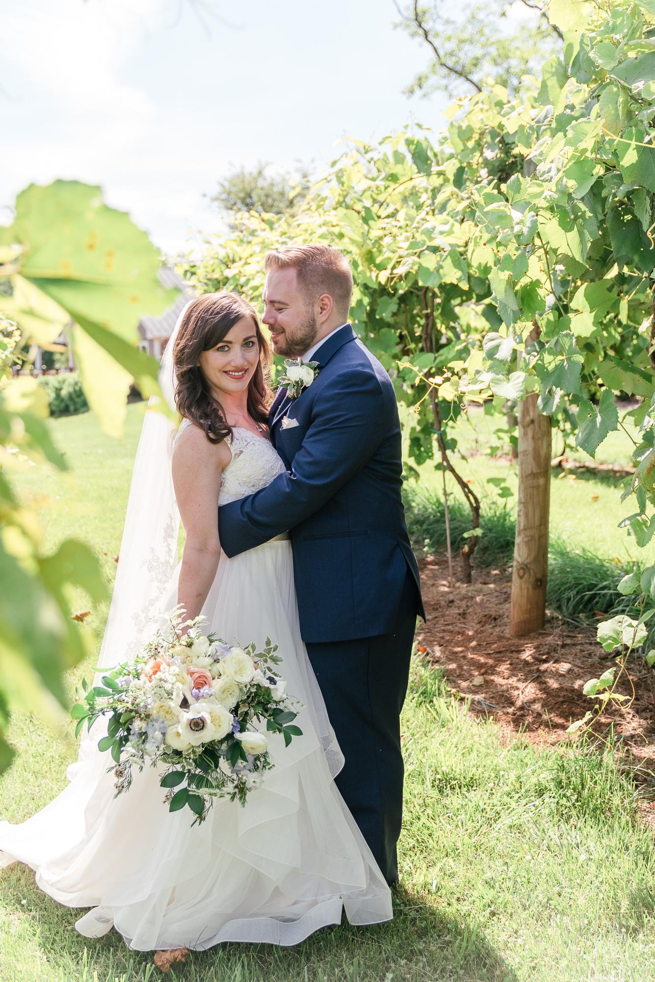 beautiful Fleetwood Farm Winery Wedding.