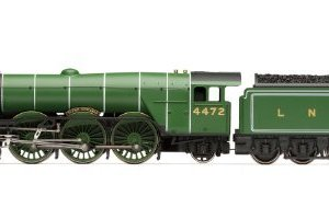 Hornby R3086 LNER Class A1 Flying Scotsman 00 Gauge Train by Hornby 31ALQsD0ViL