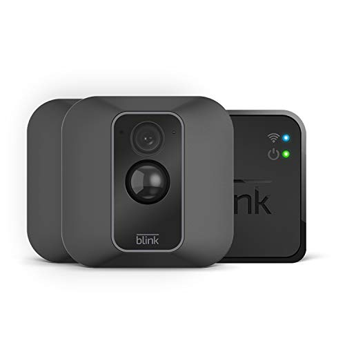 Nuova Blink XT2 | Telecamera di sicurezza per interni/esterni con archiviazione sul cloud, audio bidirezionale, autonomia di 2 anni | Sistema a 2 telecamere