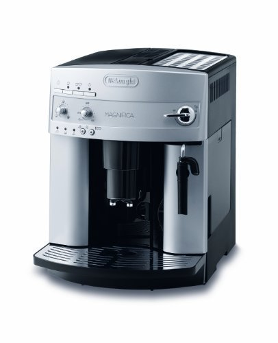 De\'Longhi Magnifica ESAM 3200 S Kaffeevollautomat (Bedienfeld mit Direktwahltasten, Milchaufschäumdüse, Kegelmahlwerk 13 Stufen, Herausnehmbare Brühgruppe, 2-Tassen-Funktion) silber