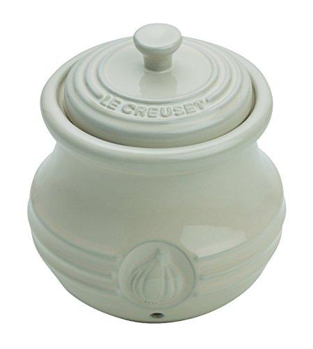 Le Creuset 91019800810000 Porta Aglio in Gres, Crema, Ceramica, Mandorla, 9.50x10.50x12 cm