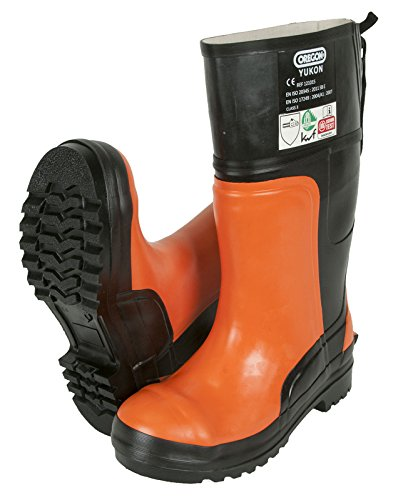 Oregon are famous for manufacturing top quality outdoor products and these boots are a good example. Much of the boots construction is geared towards providing maximum comfort so that users can enjoy their time working. The rubber sole is a major safety feature too that enables you to confidently work in wet and slippery areas. These boots may be heavy but they provide a decent level of comfort. The price is a huge bargain as well.