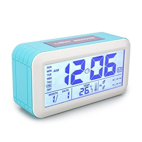 VADIV Digital Wecker, großen Bildschirm Lichtsensor Berührungssensor Uhr Batterie betrieben, Snooze, Datum, Kalender Temperaturanzeige Wecker für Kinder, Teenager, Alter