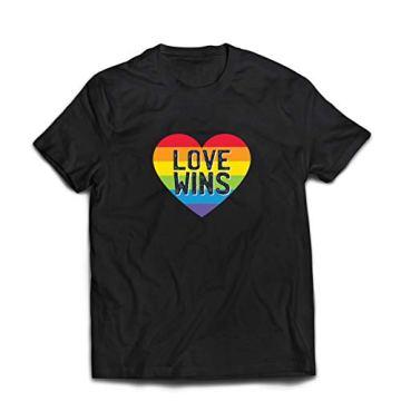 lepni.me Camisetas Hombre El Amor GANA, el Orgullo, el corazón del Arco Iris - Día de San Valentín 3