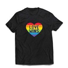 lepni.me Camisetas Hombre El Amor GANA, el Orgullo, el corazón del Arco Iris – Día de San Valentín