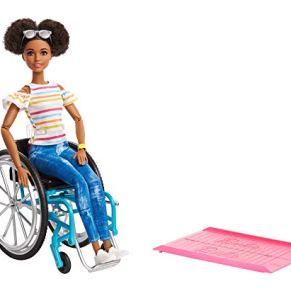 Barbie Fashionista Muñeca morena en silla de ruedas (Mattel GGV48) , color/modelo surtido
