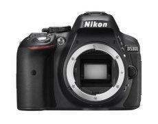 "Nikon D5300 - Cámara réflex digital de 24.2 Mp (CMOS, pantalla 3.2""), negro (importado)"