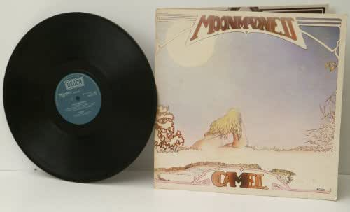CAMEL, moon madness. TEXTURED SLEEVE. UK 1976. DECCA