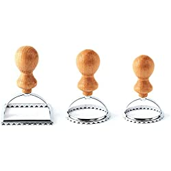 Set di 3 formine per ravioli | Splendidi stampi per ravioli con impugnatura in legno | Comodo e pratico | Stampo ideale per preparare i deliziosi ravioli, pasticcini o biscotti | Teglia ravioli