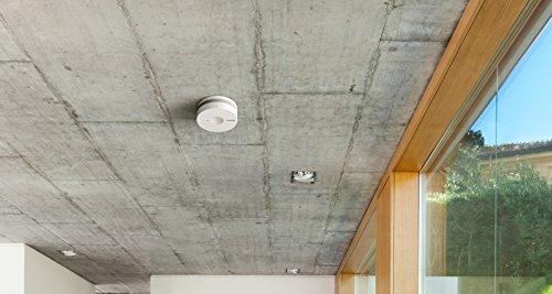 Eve-Smoke-Dtecteur-de-fume-et-de-chaleur-connect-avec-technologie-Apple-HomeKit-tests-automatiss-et-synchronisation-sans-botier-intermdiaire-Bluetooth-Low-Energy-certifi-DIN-EN-14604