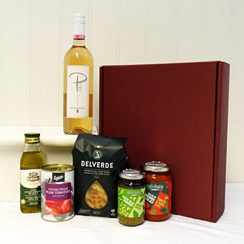 El sabor de Italia - El vino italiano y el gourmet tratan el cesto de la caja de regalo