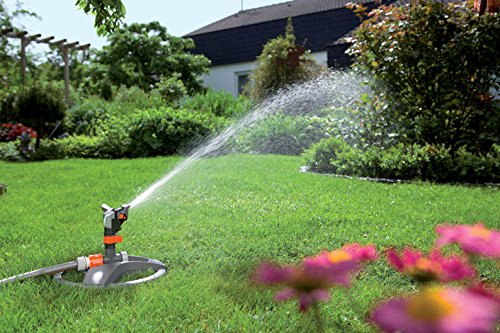 This is absolutely perfect for gardeners with large pieces of land. You only need to see its massive coverage for you to believe it. Another great thing about this sprinkler is its adjustability. It allows you to adjust the width angle of spray, the length of spray, and even the volume of spray. The Garden System Connector is also a major selling point and it can help widen the scope further if put into use.