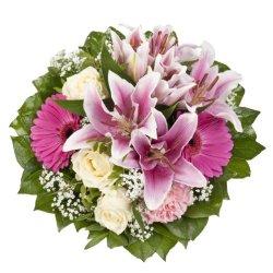 floristikvergleich.de Dominik Blumen und Pflanzen, Blumenstrauß Laura mit rosa Lilien