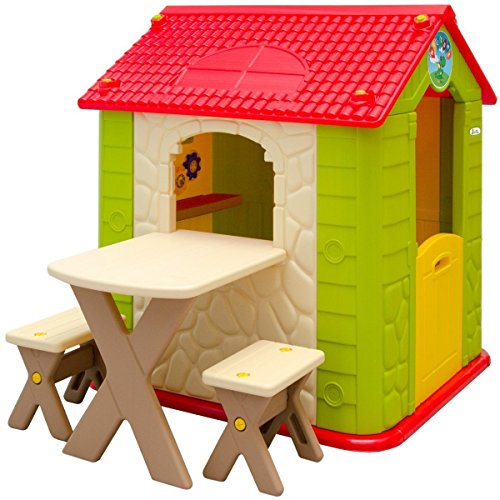 This beautiful playhouse welcomes children of all genders and offers them some amazing interactive features such as a picnic area.