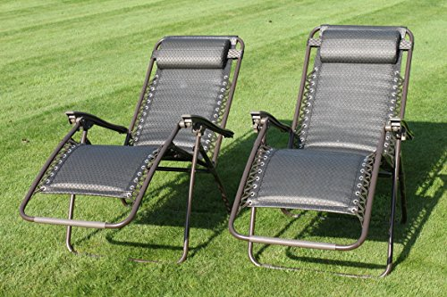 Our best pick the Garden Market Place Padded Sun Lounger are some of the most comfortable recliners on the market. That is largely due to the 20mm polyester padding that is deemed thicker than standard textiline garden chairs.