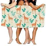 Toallas Decoradas Con Girafas Naranjas y Cactus Verdes