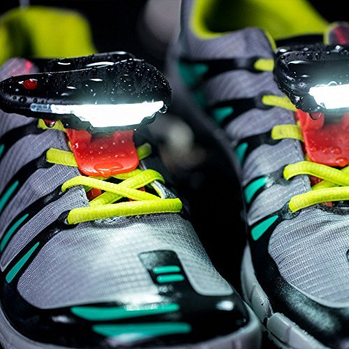 Night runner 270 - luci notturne di marcia delle scarpe