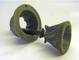 ちなみに、刃は硬質鋳鉄製臼歯使用で切れ味が落ちないように配慮されている。