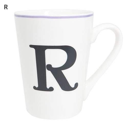 イニシャルマグカップは自分では買わないけどもらって嬉しいプレゼント