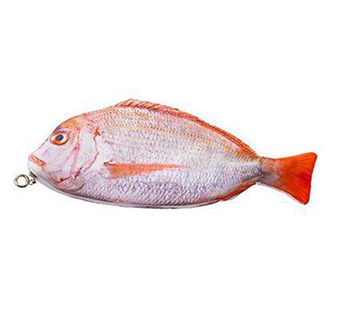 Doitsaの魚型ペンケースを姪っ子にプレゼント