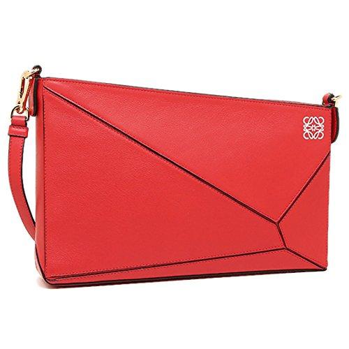 [ロエベ] の赤いバッグをプレゼント