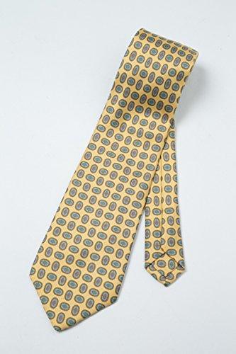 E.MARINELLAのネクタイを一緒に働く男性にプレゼント