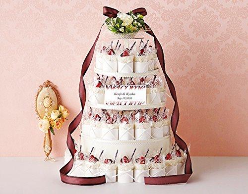 ウェディングケーキに見立てたプチギフトは記憶にも残り人気