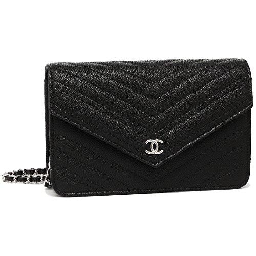 女性の憧れであるシャネルのバッグをプレゼント