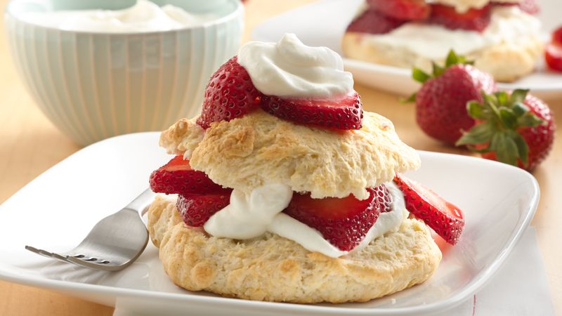 Image result for TRADITIONAL STRAWBERRY SHORTCAKE