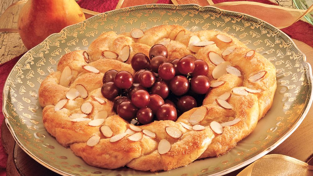 Danish Almond Crescent Ring Recipe From