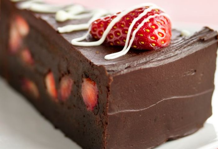 Fudge Lovers Strawberry Truffle Cake Recipe Bettycrockercom