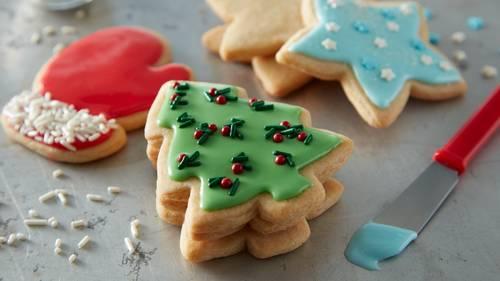 Easy Christmas Sugar Cookie Cutouts
